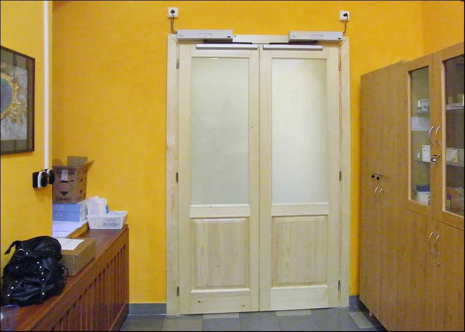 Automata ajtó üvegezése