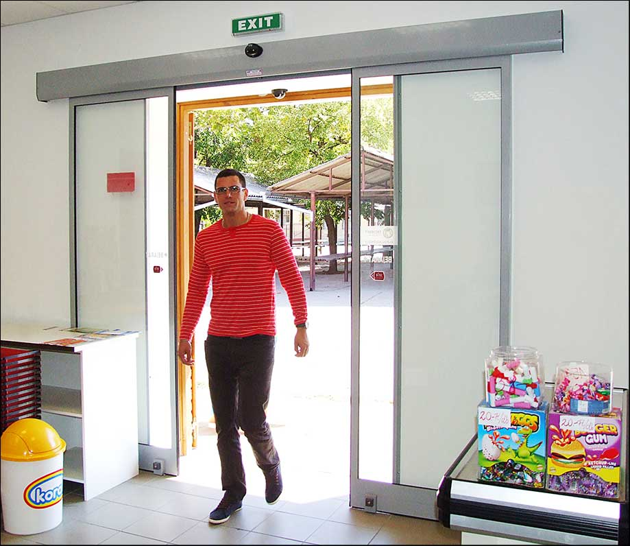 Akadálymentes automata ajtó