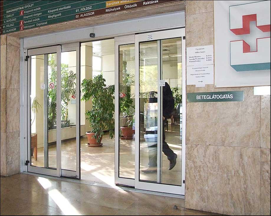 Kórházi automata ajtó